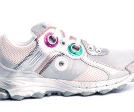 """Durante la década de 1990, los cosmonautas rusos usaron """"botas deportivas"""" Adidas"""