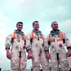 Apolo 1: Tres Estrellas Conmemoran un Triste Aniversario