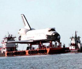 """El transbordador espacial Replica es """"Go"""" para el acoplamiento en Houston Lake -"""
